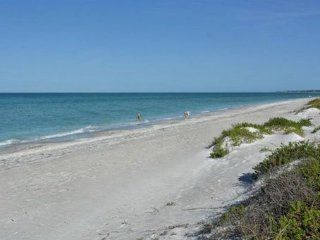 Rare Beach to Bay Condo, Longboat Key