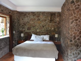 CHASKA WASI : The room made of pure stones!!, Ollantaytambo