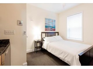 ELEGANT, CLEAN AND RELAXING STUDIO APARTMENT, Boston