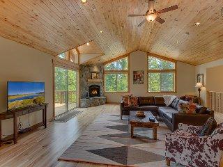 Beautiful home in Tahoe Vista, 4 bedrooms - The Wildwood