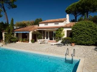 Nicolas 206941 villa with small sea view, air conditioning, pool 10 x 5 mtr., Les Issambres