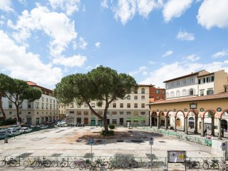 2 bedrooms 2 bathrooms with frescoes, Firenze