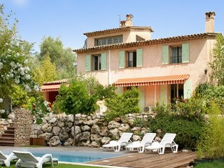 La Campagne - a spacious, 4-bedroom house in La Gaude with a swimming pool – minutes from Vence!