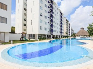 Great Low Price 2 BDR Condo in Cancun Downtown, Cancún