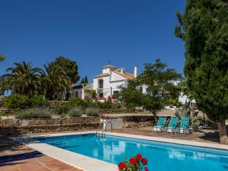 Large Cortijo in the heart of Andalusia with pool
