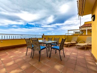 PLAYA ARENA 2 BEDS PENTHOUSE SEA VIEWS, Puerto de Santiago