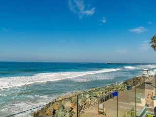 7br/7ba Luxury Oceanfront Retreat, Oceanview Decks, Spa, BBQ, A/C, Oceanside