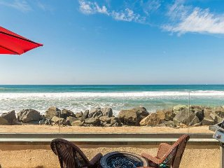 Stunning 11br/11ba on the Ocean! Rooftop/Spas/BBQ A/C Equipped, Oceanside