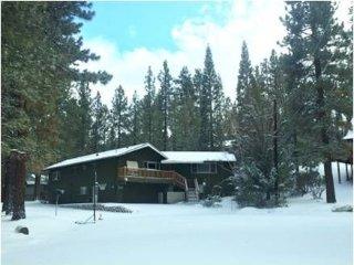 006 12 Bear Lodge