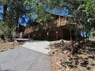 023 Bearly Inn, Big Bear Lake