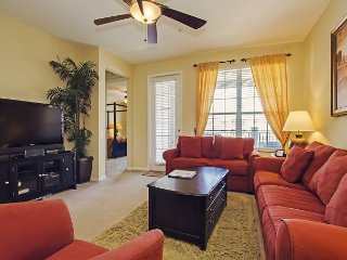 Vista Cay Luxury Condo 3 bed/2 bath (#3015), Orlando