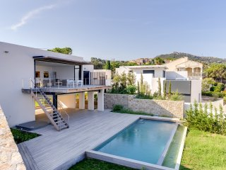 Modern villa with panoramic sea view, Calvi