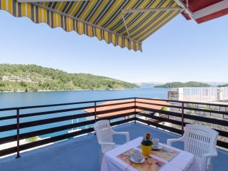 Lovely 1BEDROOM apt on Mljet!!!