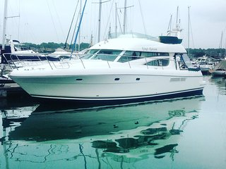 Luxury Yacht Charter London