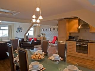 The Penthouse at Beach Court, Trearddur Bay