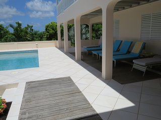 Holiday Apartment Rental with Exclusive Use of Private Pool, Buckleys