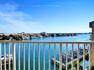 Harborview Grande 507 Beachy and family-friendly CORNER Unit