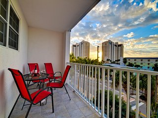 Dockside Condos 304 with balcony Waterfront Condo | 3 Bedrooms 2 Baths, Clearwater