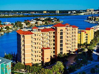 Harborview Grande 700 Large 3 bedroom Waterfront Condo, Clearwater
