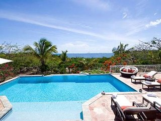 Terres Basses - Minutes to Beach - 3 Bedrm Villa