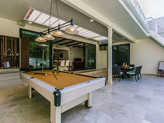 Dream Vacation Rental in Sherman Oaks!!, Los Angeles