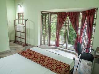 Lake County Heritage Home - Bayside Room, Ernakulam