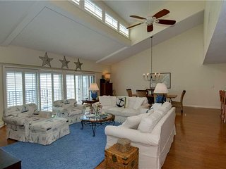 Bogue Shore Club 405, Pine Knoll Shores