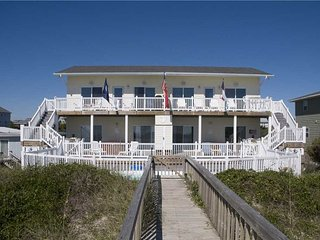 Marine Manor West, Emerald Isle