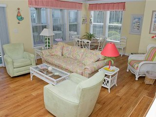 "Pier Pointe 2 B-1 ""Beach Happy, Emerald Isle"