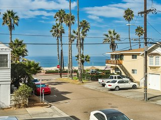 Oceanview Condo located just steps from the beach, Oceanside