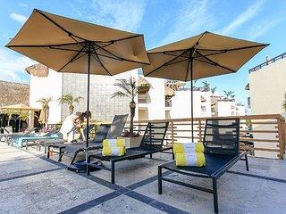 PERFECT FOR A ROMANTIC GETAWAY just steps from Mamitas Beach, Playa del Carmen