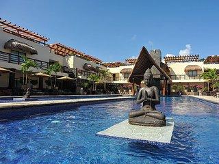 BEAUTIFUL CONDO with enormous terrace & private pool-Mamitas Beach, Playa del Carmen