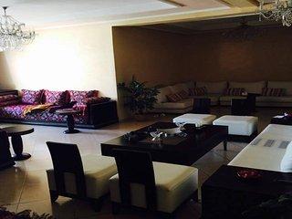 Magnifique appartement prêt du consulat de France, Rabat