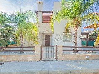 Argaka Sunset Villa - 3 Bedroom Villa + Pool