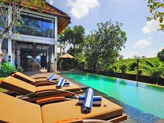 Promo Villa Nawang Wulan 4 Bedroom, Kuta