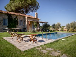 Il Nido a contemporary countrychic Villa with pool