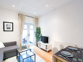 Economical Family Apartment for 6 in West London, Londres