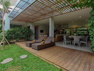 3-Bedroom Villa with Shallow Pool - The Poh