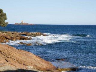 Studio vue mer face à la plage ( STUDIO SEA VIEW ), Boulouris