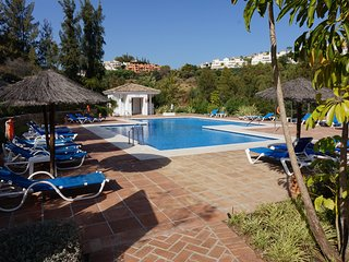 A STUNNING FAMILY GARDEN APARTMENT ON GOLF COURSE NEAR MARBELLA
