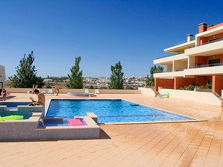 Dunas do Mar, 2 bedroom, 2 bathrooms, Pool, WiFi, A/C, close to the marina.