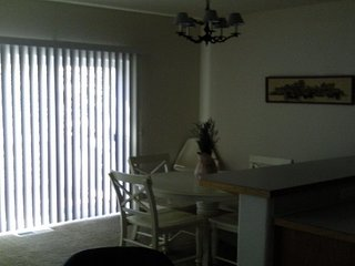 Furnished 3-Bedroom Townhouse at W Baseline Rd & NW 231st Ave Hillsboro, Ukiah