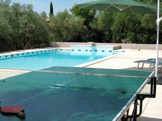 Sommieres villa with pool South France sleeps 8