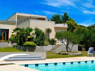 Sommieres villa with private pool South France sleeps 8