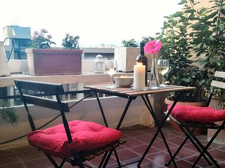 Beautiful, green apartment near metro Laurentina (Roma EUR)
