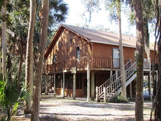 "209 Jungle Rd - ""Gyp Seas n' Palace"", Isla de Edisto"