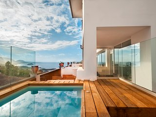 Private Pool, ocean & volcano views in Villa [apt C]