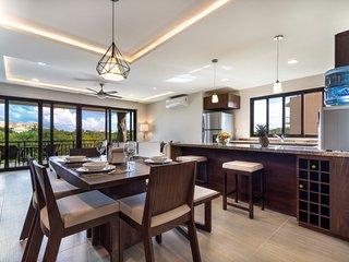 Luxury condo-hotel in Puerto-Aventuras, just few steps to Caribbean beaches, Puerto Aventuras