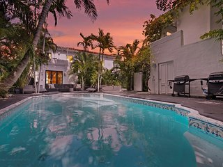 3 Room Pool Guest-House Suite (Oprah), Miami Beach