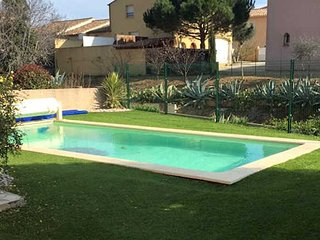 Portiragnes, villa with private pool in Languedoc
